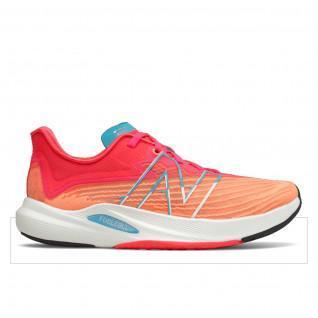 Chaussures femme New Balance fuelcell rebel v2